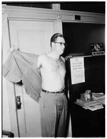 Shirt off back for taxes, 1952