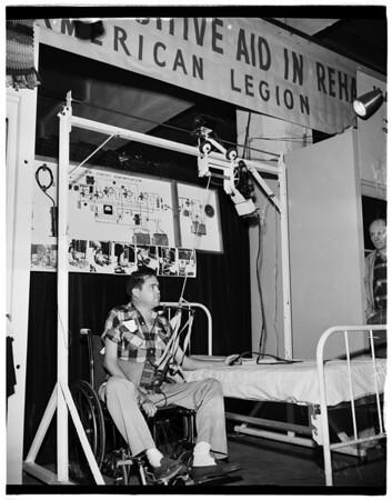 Veterans exhibit at hobby show, 1952