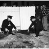 Cat burglar killed by police after he shot two, 1952