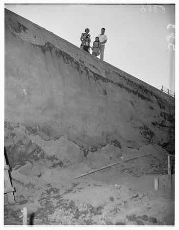 Unguarded Excavation (La Canada), 1951