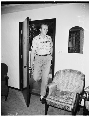 4-F (6 feet 7 1/2 inches draftee), 1952