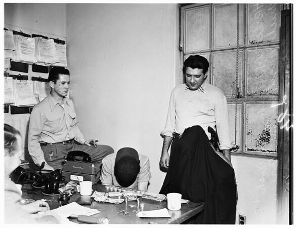 Walkie-talkie burglary suspects, 1952
