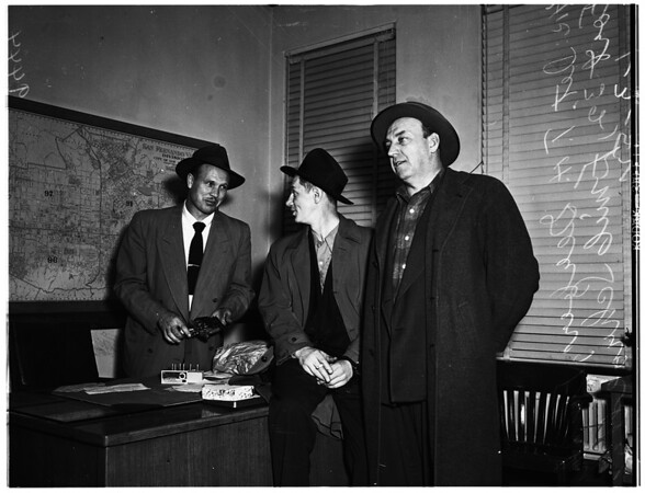 Chicago burglar suspects ...Los Angeles Police Department Burglary Office, 1952