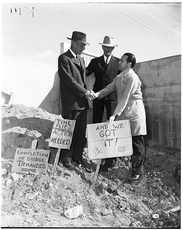 Monrovia bridge story, 1952
