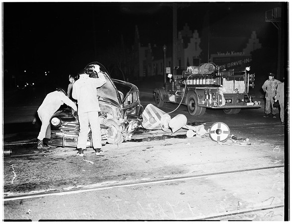 Auto accident (Casitas Avenue at Fletcher Drive), 1952