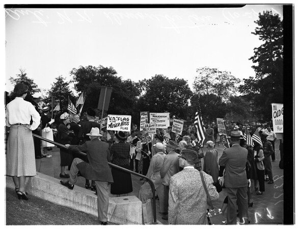 Anti-United Nations demonstrators (City Hall), 1951