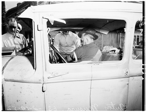 Traffic crackup (no address), 1952