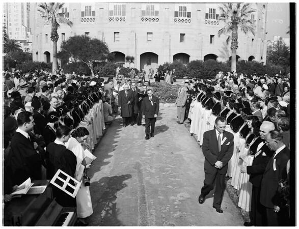 Greek Orthodox Church rites in Long Beach, 1952