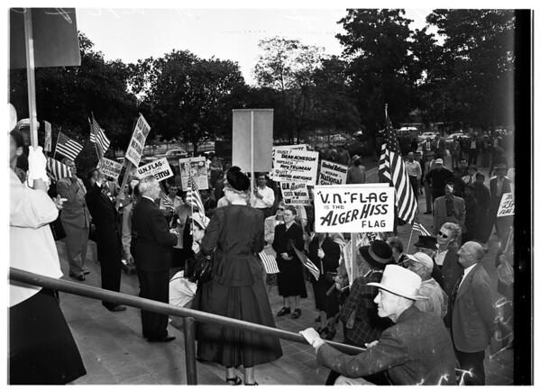 Anti-United Nations demonstrators (City Hall), 1951