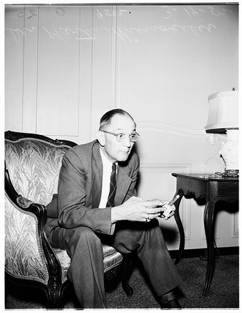German Protestant Church leader visits United States as guest of various ministerial associations, 1952