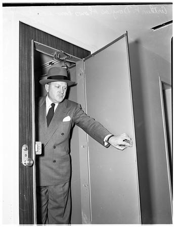 Statler Hotel, 1952