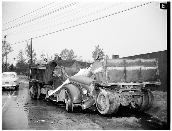 Truck versus truck (Victory Boulevard and Victory Place, North Hollywood), 1952