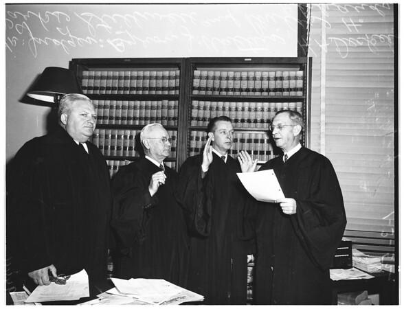 Municipal Court Judges inducted, 1952