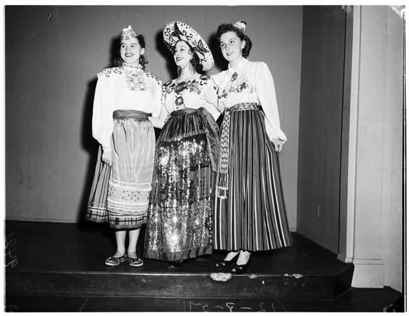 Long Beach float contest, 1951