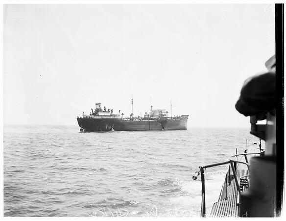 Damaged tanker, 1952.