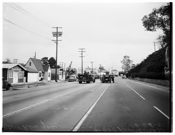 Gas main broke at 900 Riverside Drive, 1951