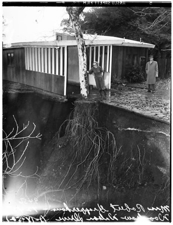 Flood in Hollywood area, 1952