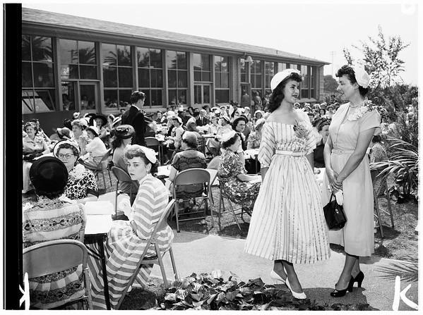 Covina High School senior mother's tea, 1952.