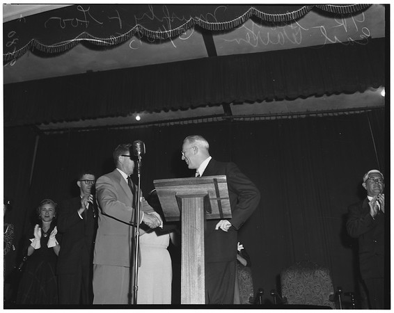 Governor Warren at Long Beach political meeting, 1952