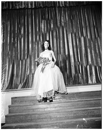 """Miss Welcome to Long Beach"" preliminary winner, 1952"