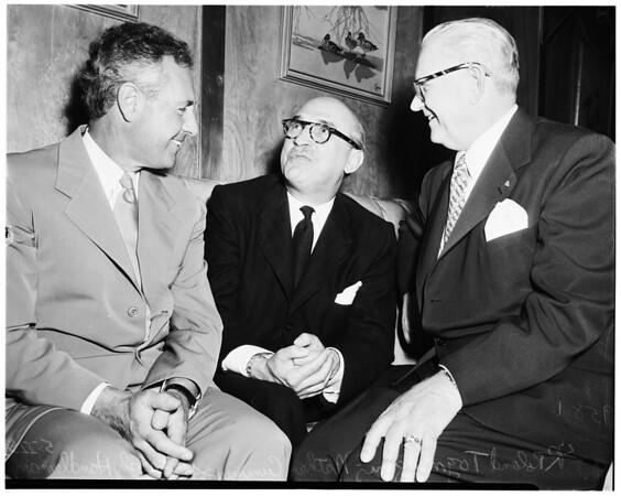 Top grocery men predict more walnuts, 1952