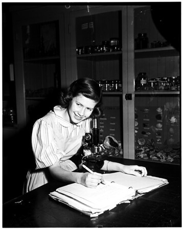Science award winner, 1952