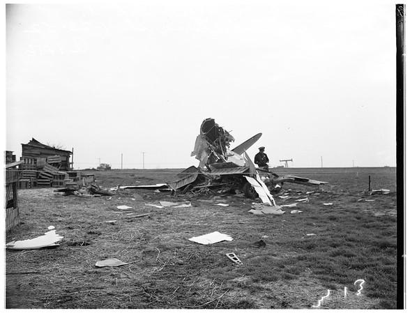 Plane crash ...Victoria Street, on Shell Oil Company Property, 1952