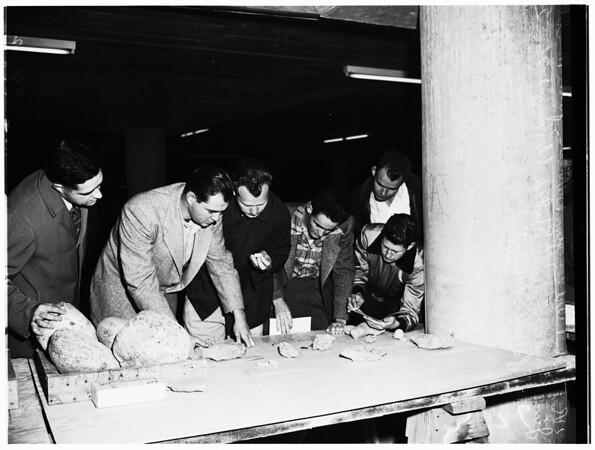 Pershing Square Park garage, 1952