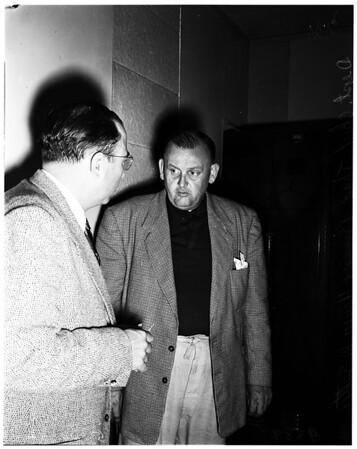 Murder suspect confesses, 1952