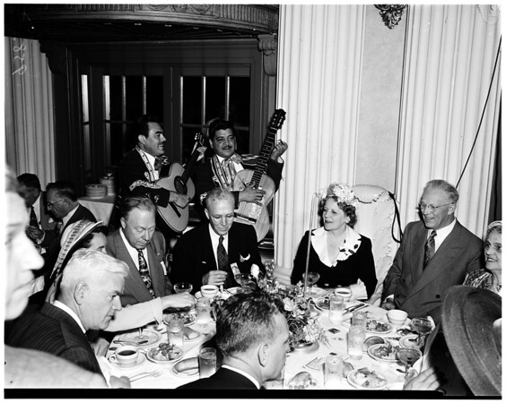 Warren political meeting (Biltmore Hotel), 1952