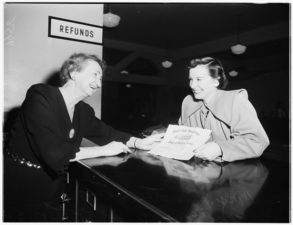 Unclaimed tax refunds, 1952.