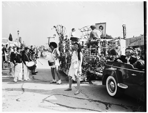 Sunland-Tujunga parade (March of Dimes), 1952