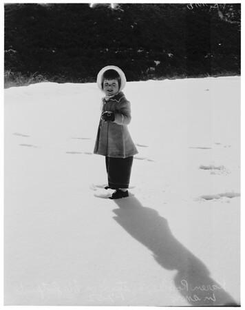 Snow scenes at Red Box Canyon, 1952