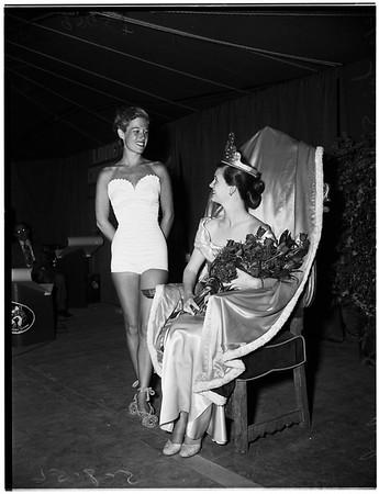 Long Beach Community Fair Queen, 1952