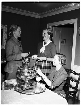 Meeting of Spinsters Club, 1951