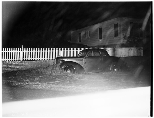 Storm pictures, 1952