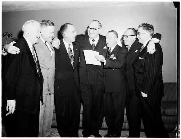 Shriner banquet honoring Bill Froelich, 1952