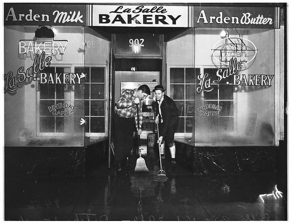 Flooded bakery at 902 West 2nd Street, 1952