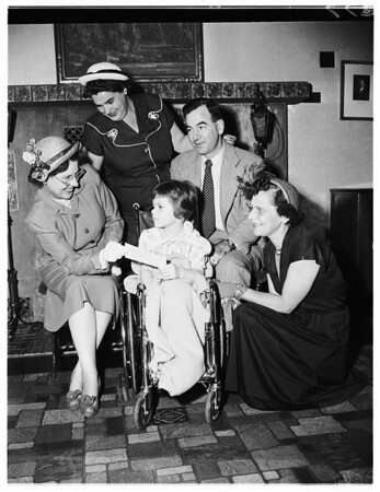 Sister Kenny Hospital gets check from Native Daugherts of Golden West, 1952.
