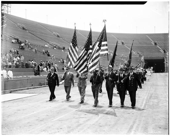 Memorial Day services (Coliseum), 1952
