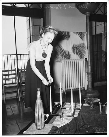 Handicrafts show at City Hall, 1952