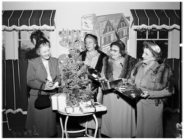 University of Southern California Newman club, planning Christmas party, 1951
