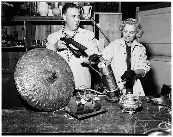 Lady Ashley auction, 1952