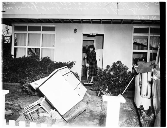 Post storm cleaning up ...Hawaiian Gardens, 1952
