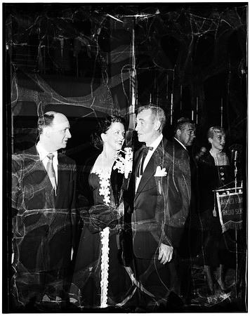 Opening of new Paramount Theatre, 1952