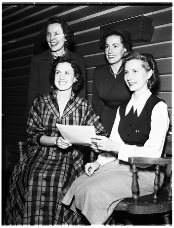 Theta Sigma Phi ladies of press breakfast at Beverly Hills Club, 1951