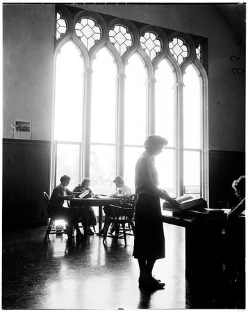 Mount Saint Mary's College seminar, 1952