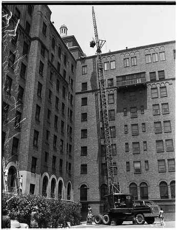 New elevator roof equipment on California Hospital, 1952
