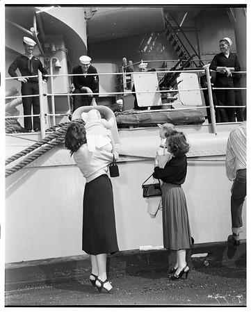Arrival of USS Rochester, cruiser, San Pedro, 1952.
