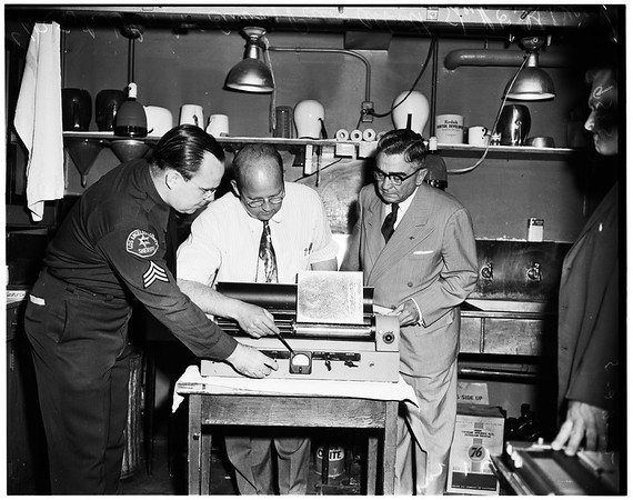 Speed photo transceiver installed by Sheriff's Bureau of Records, 1952